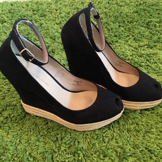 ZARA 楔形鞋