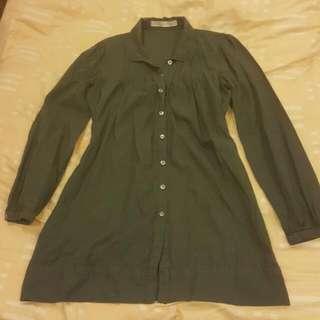 《出清出清》GIORDANO·女尺寸S·灰色薄長袖長版直條紋襯衫