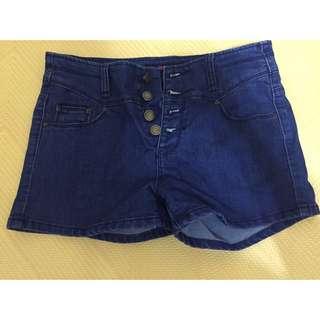 四釦高腰褲 高腰牛仔褲 高腰短褲 排釦 高腰