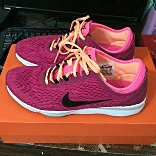 Nike 慢跑鞋(桃紅)