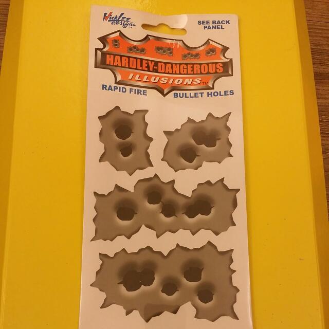 彈孔造型貼紙