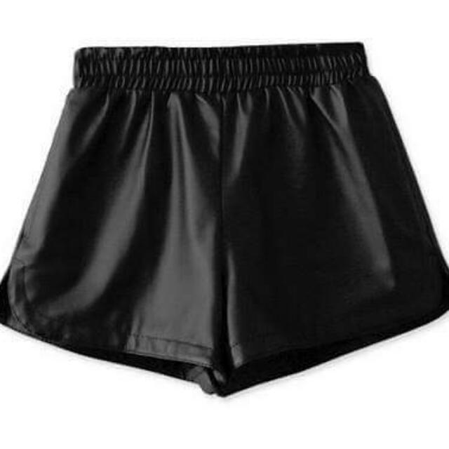 皮革經典時尚黑皮褲
