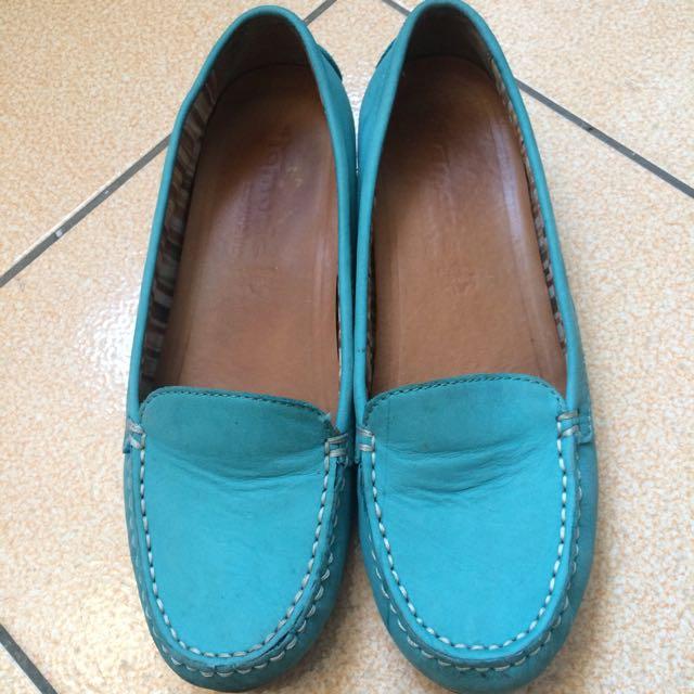 天空藍包鞋
