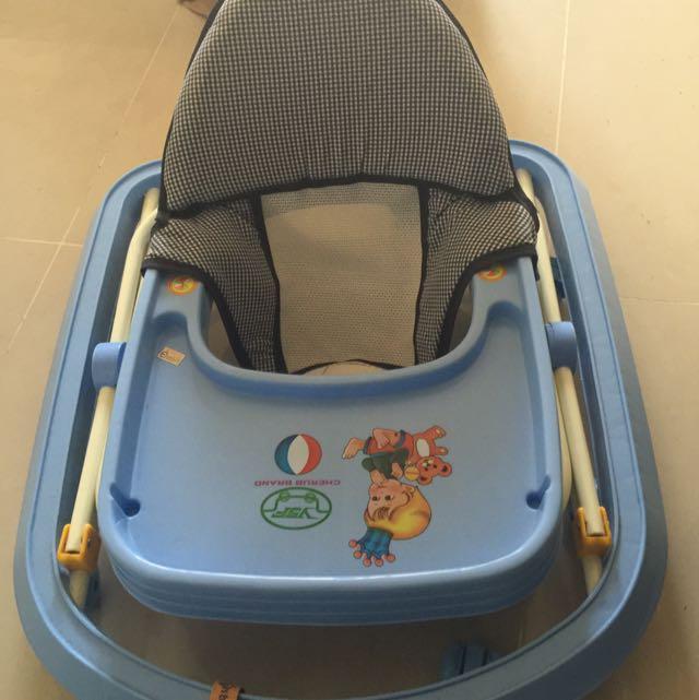 寶寶滑步車