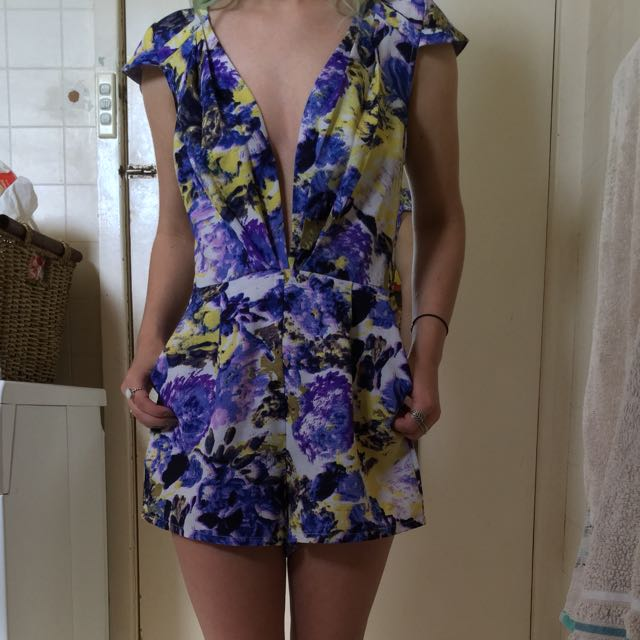 Ally Fashion Size 8 Playsuit