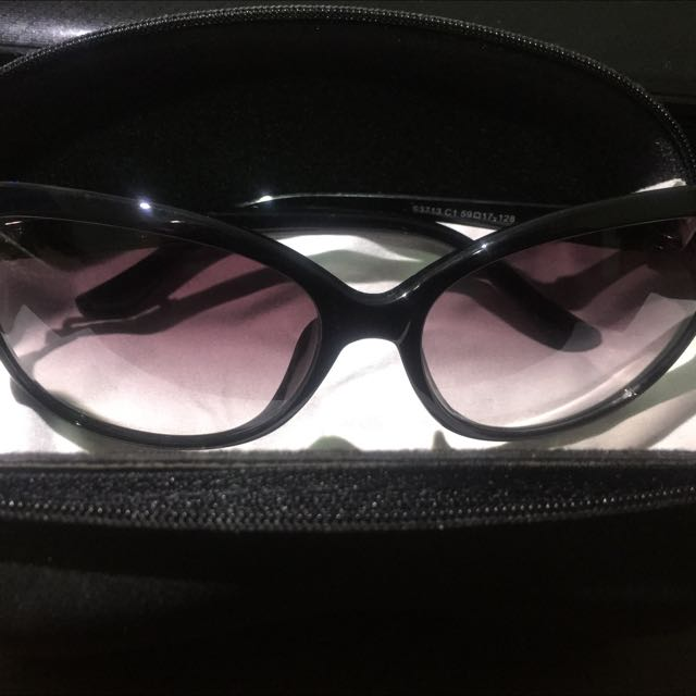 Hiponi 太陽眼鏡 購入桃園新光三越專櫃