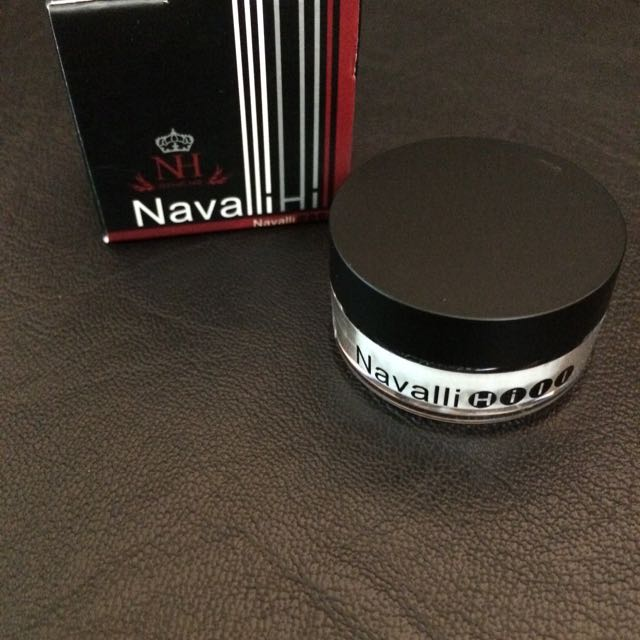 Navalli Hill 鑽石光微晶蜜粉 3.5g