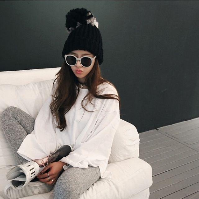 正韓NANING9配色毛球拼接減齡俏皮甜美針織女帽【NO520088】