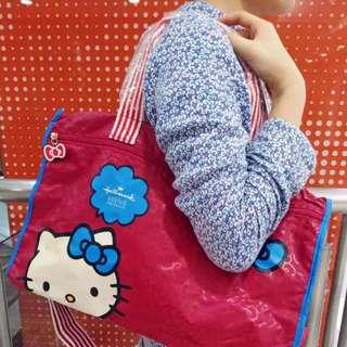 日本  Hallmark X Holle Kitty 旅行折叠包