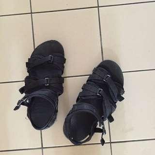 蝴蝶結涼鞋