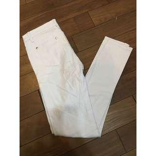 白色牛仔褲👖