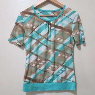水藍+咖啡線條造型上衣