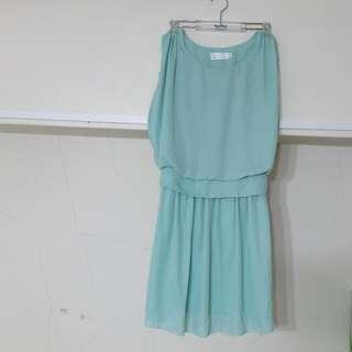 薄荷綠小洋裝
