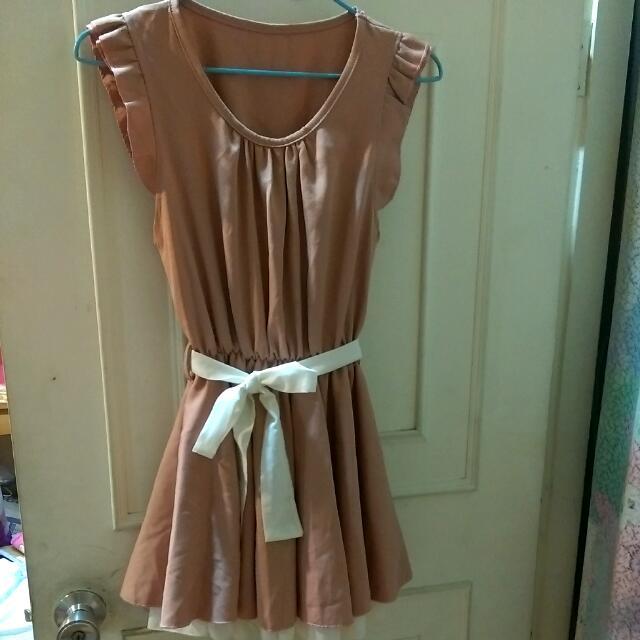 韓系粉橘縮腰小洋裝