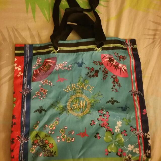 c429bdb885c5 Authentic Versace H M Tote Bag