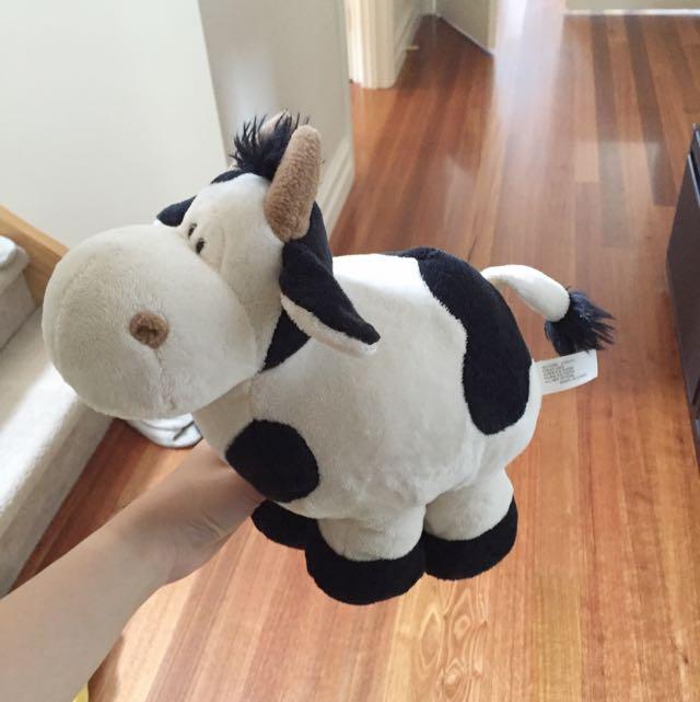 Cow Plushie