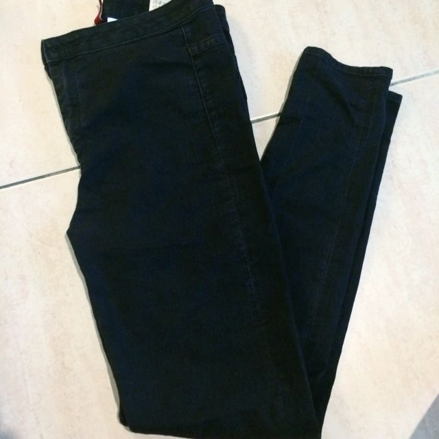 H&M黑色高腰牛仔褲