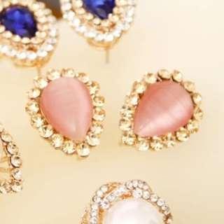 全新 粉色貓眼耳環