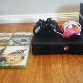 Xbox 360 With 4x games and movies