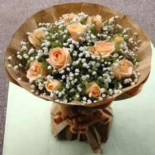 12 Stalks Champagne Roses Bouquet