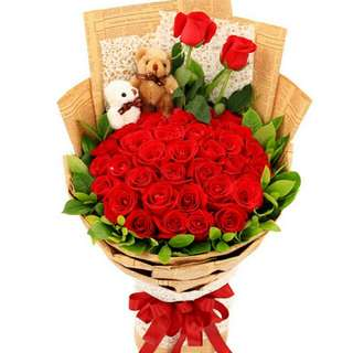 35 Red Roses Bouquer