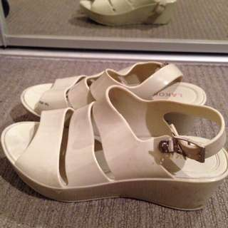 White 3 stripes jelly summer shoes