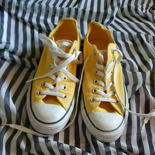 Yellow FAKE Converse shoes