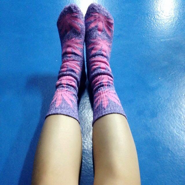 超厚大麻葉襪子 粉x紫