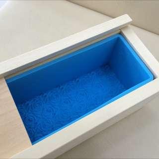【新品】玫瑰吐司膜 二合一木盒+矽膠模 長方形手工皂