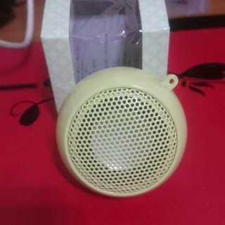全新馬卡龍造型隨身音箱