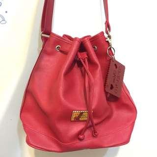 (保留中)Mini Spring 紅色水桶包(二手)
