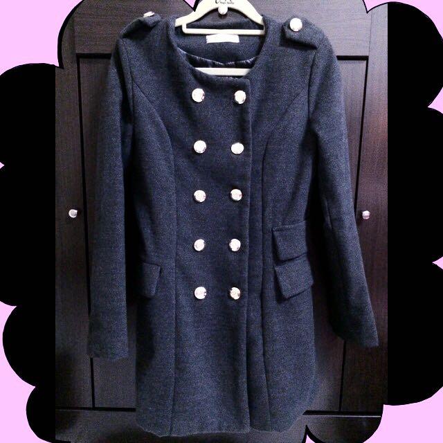 👗縮腰後裙擺式深灰色大衣