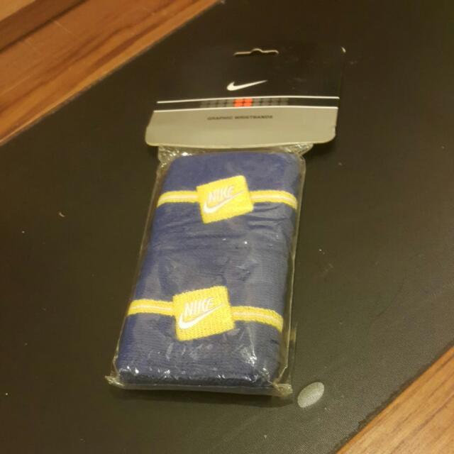 Nike寶藍色黃條紋護腕