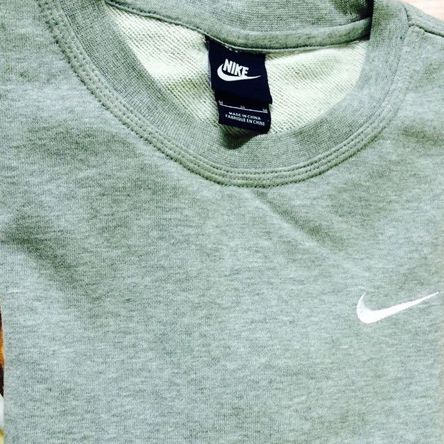 (待匯款)Nike大學T(灰)