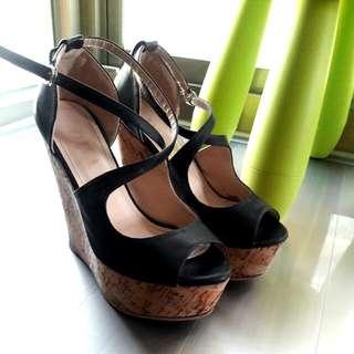 二手 DIVA 黑色交叉帶造型楔形高跟涼鞋 37號