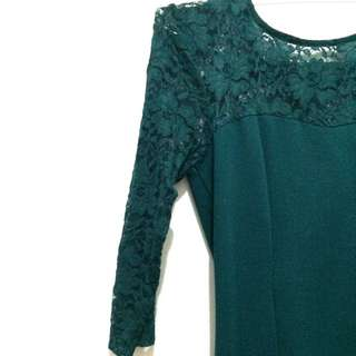 Forever 21 Green Lace Dress.