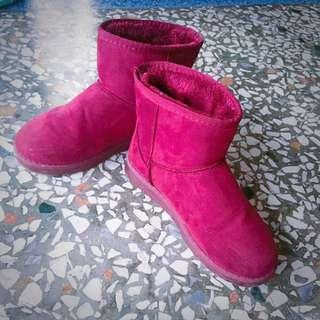 葡萄紅短筒雪靴(原價650$便宜賣)