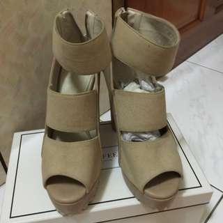 裸色 粗高跟 露指鞋 降價賣700