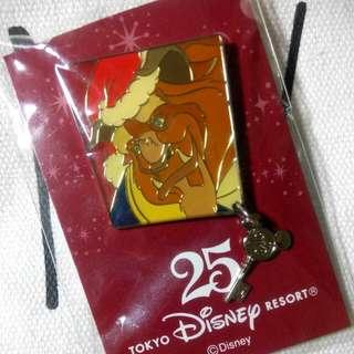 Disney 迪士尼 美女與野獸 別針 聖誕節