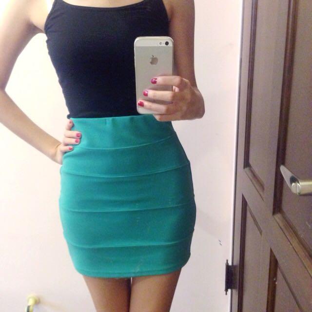湖水綠窄裙