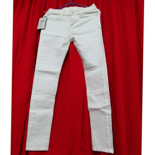白色彈性修身牛仔褲