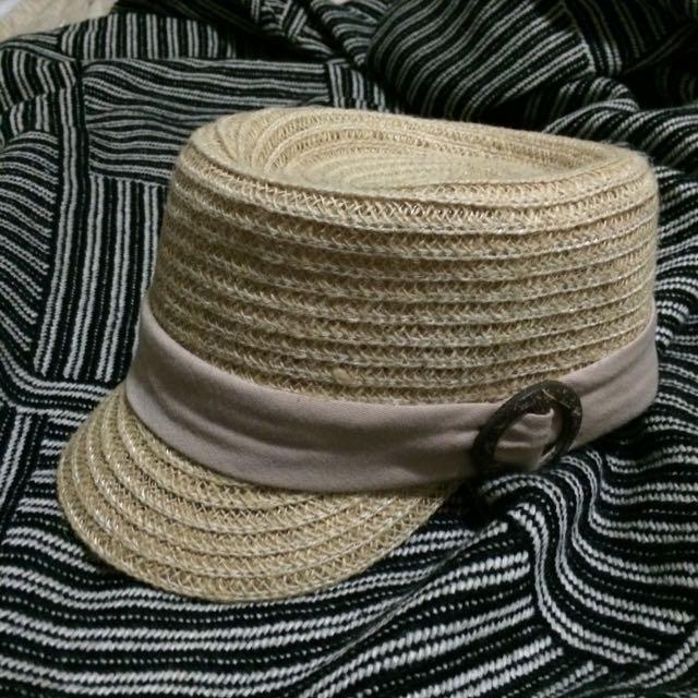 藕色飾條編織帽