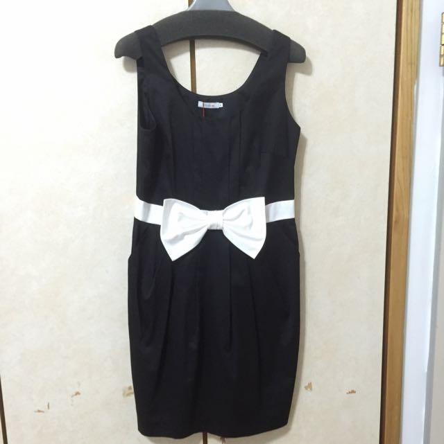 全新黑色小禮服