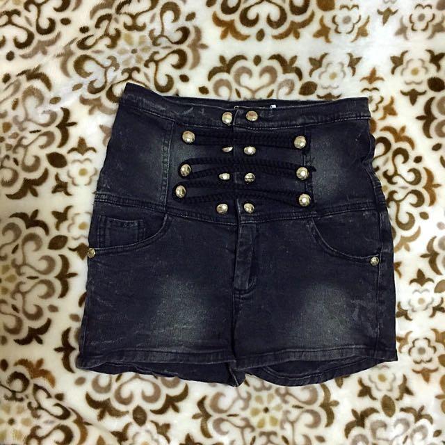 高腰短褲 新樂園購入 黑 灰 深色 日系 韓系