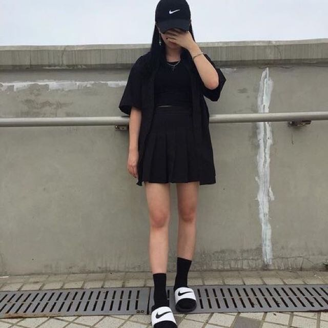 c409fe0f09032 ... inexpensive all pending black tumblr nike cap womens fashion on  carousell e2024 0adaf