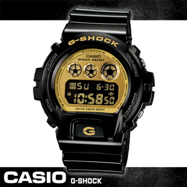 【CASIO卡西歐G-SHOCK系列】前衛繽紛金屬光時尚男錶(DW-6900CB 黑金)