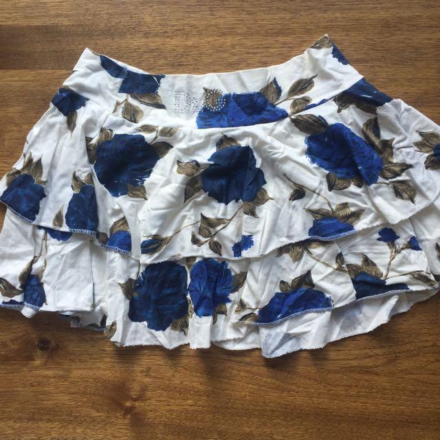 Dolce & Gabbana Skirt Sz 8
