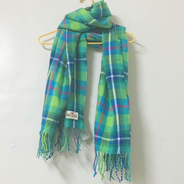 Hollister 綠色條紋圍巾