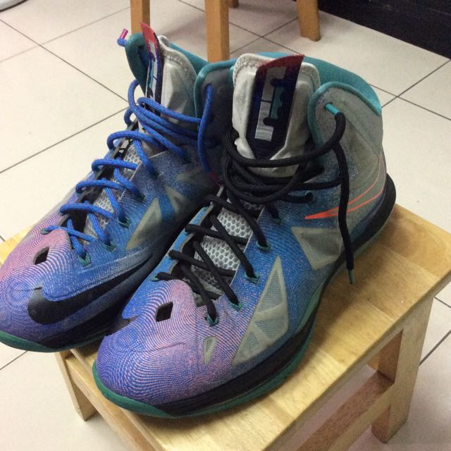Nike LbJ X 10代 銀河