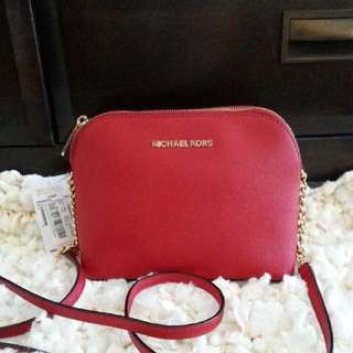 michael kors dome large chilli